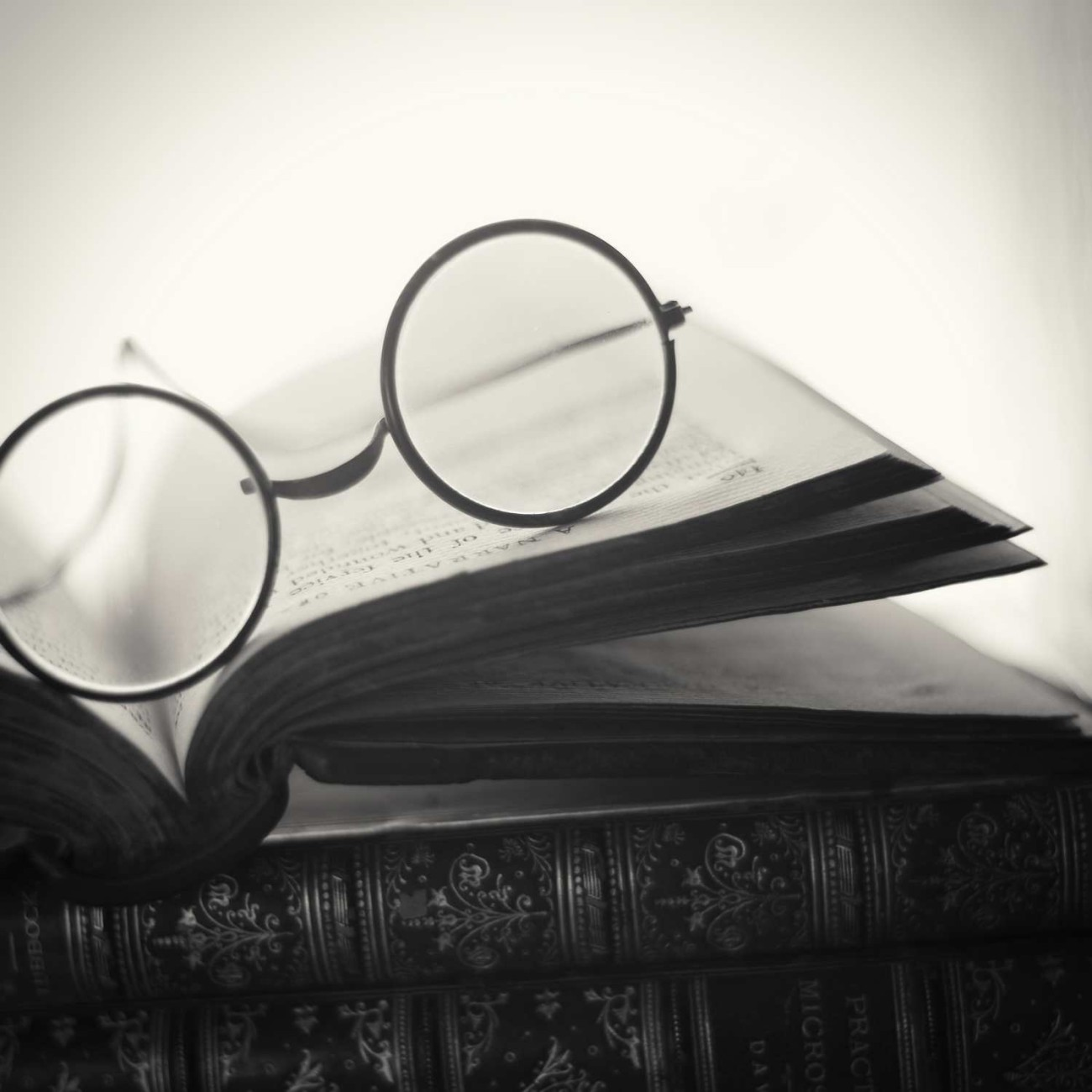 Books with round glasses, 2015