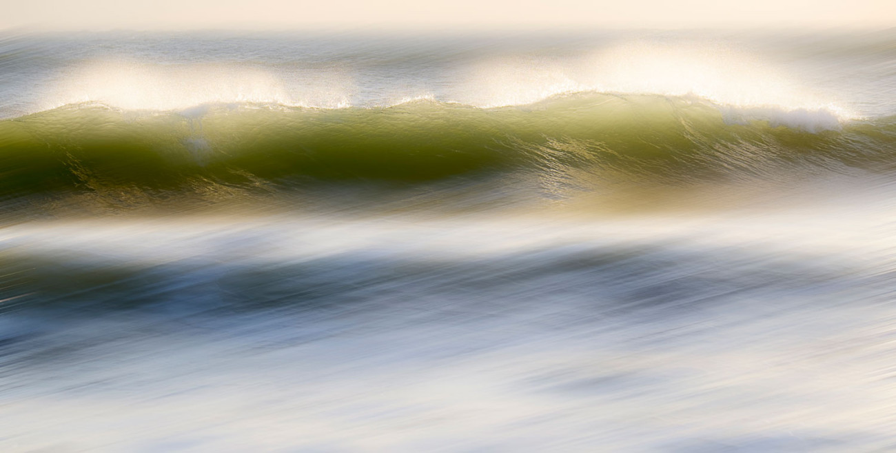 Breaking waves, Florida, 2015