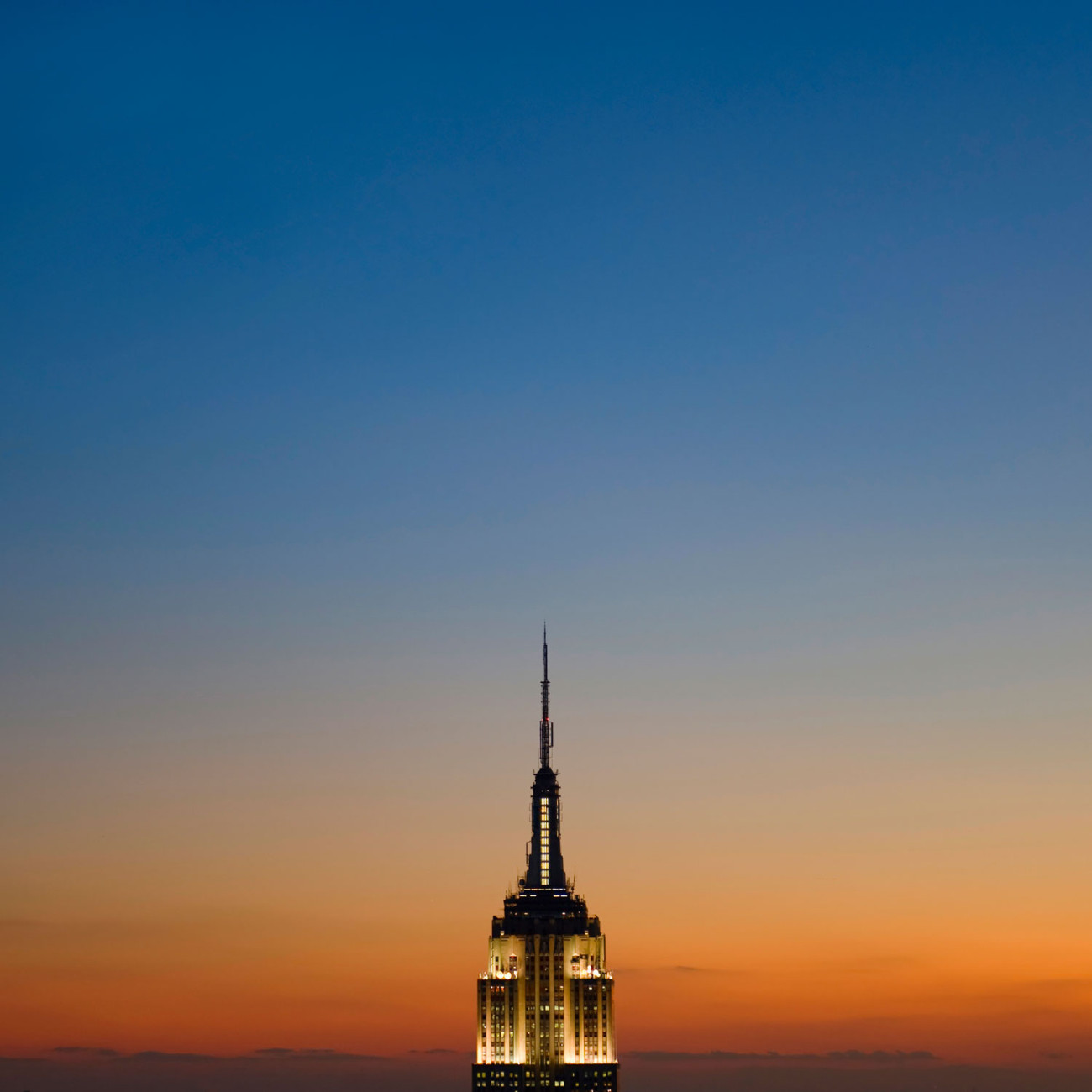 Top of the Empire State Building at evening, NY, 2008