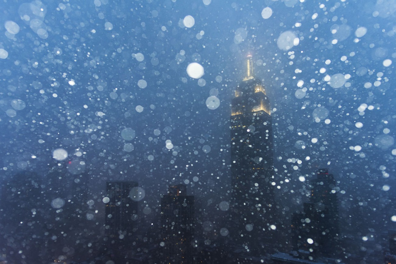 Night snow storm, New York, 2016