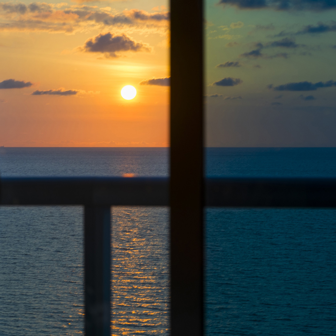 Mondrian sunrise, Atlantic Ocean, 2015