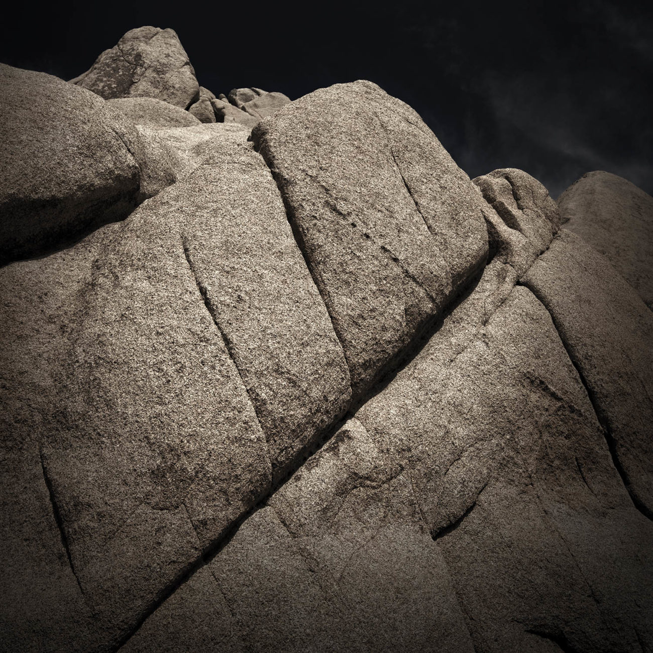 Diagonal crack, Joshua Tree NP
