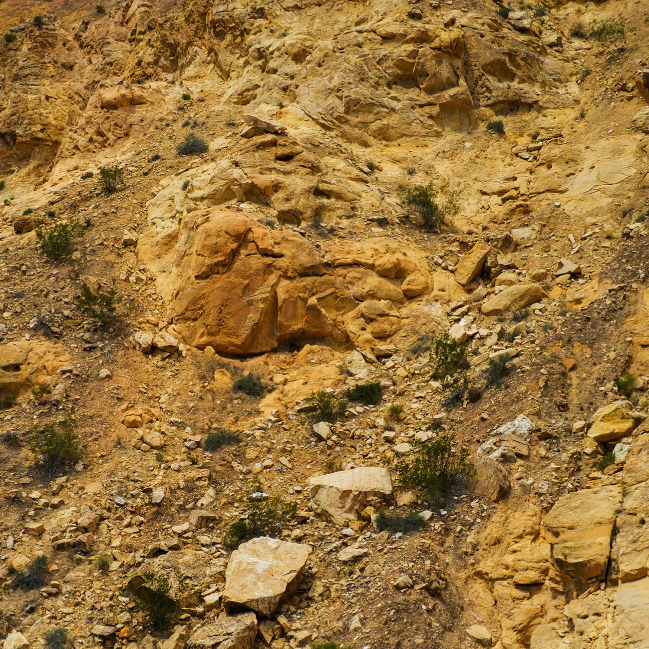 Earthscape with falling rocks, Utah, 2012