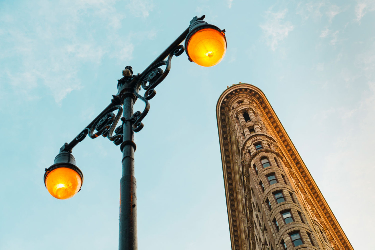 Crown of the Flatiron and lamps, NY, 2012